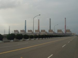 Taichung coal power station (photo credit)